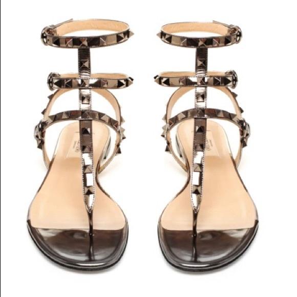 86fdb7058d7 Valentino Rockstud Leather Gladiator Sandals 39. M 5ac7d9d3077b9744dec02c21